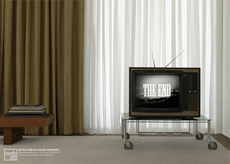 Vintage Tv Living Room